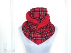 Schals - kuscheliger XL DreiecksSchal Karo rot - ein Designerstück von lucylique bei DaWanda