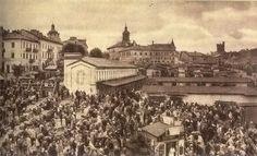 Górka Świętoduska lata 30 XXw. Jewish History, My Kind Of Town, World Photo, Poland, Paris Skyline, Taj Mahal, Louvre, Building, Travel