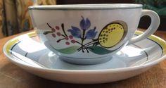 Vintage 60's SCANDINAVIAN Pottery ARABIA FINLAND Windflower Pattern Set of 5 Cups & Saucers by MsBunnyVintage on Etsy