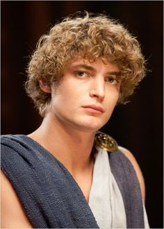 Niels Schneider-Odysseus Curly Hair Men, Curly Hair Styles, Niels Schneider, Pax Romana, Ministry Of Magic, Make Your Own Clothes, Greek Gods, Ancient Greece, Face Claims