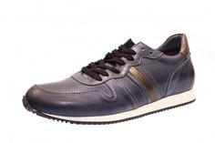 Der Frühling ist da - mit diesem schicken Sneaker liegen Sie voll im Trend! Bei diesem Sneaker von NoClaim ist die Kombination aus cleanem Glattleder und perforiertem...