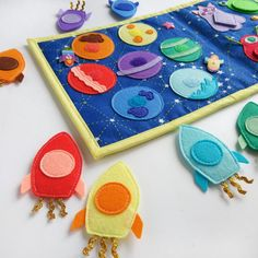 Learning Games For Toddlers, Toddler Learning, Preschool Learning, Early Learning, Learning Toys, Toddler Toys, Teaching, Diy Quiet Books, Felt Quiet Books