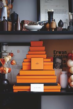 """""""Containerist collectors gravitate toward vessels of all sorts"""" From Collected: Living with the Things You Love by Fritz Karch and Rebecca Robertson, Abrams books Rebecca Robertson, Hermes Home, Hermes Orange, Interior Walls, Interior Design, Design Art, Design Ideas, Vintage Box, Wall Pockets"""