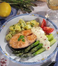 Lajos Mari konyhája - Mustáros lazacfilé zöldspárgával Potato Salad, Sushi, Food And Drink, Potatoes, Chicken, Ethnic Recipes, Kitchens, Potato, Cubs