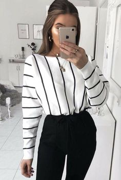 Women Clothing Outfits with Fashion Striped Shirt to Wear with Style Women ClothingSource : Outfits con Camisa de Rayas de Moda para lucir con Estilo by helena_reich Mode Outfits, Trendy Outfits, Business Casual Outfits For Women, Business Professional Outfits, Cute Work Outfits, Business Casual Fashion, Classy Outfits, Casual Work Attire, Sophisticated Outfits