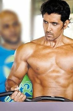 Here's Why Hrithik Roshan Should Be The Next James Bond Bollywood Stars, Ranveer Singh, Ranbir Kapoor, Shahrukh Khan, Hrithik Roshan Hairstyle, Jodhaa Akbar, Ripped Body, Gym Workout For Beginners, Indian Man