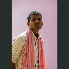 #indianportraits #india #candid #portrait #photo #photography #streetphotography #storyofmylife #mytravelgram #travelgram #igtravel #instatravel #varanasi #travel #young #man