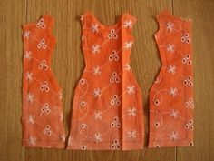 Activités manuelles comment créer une robe d'eté - fr.hellokids.com Sewing Barbie Clothes, Barbie Sewing Patterns, Crochet Doll Clothes, Sewing Dolls, Doll Clothes Patterns, Clothing Patterns, Diy Clothes, Barbie Costume, Barbie Dress