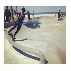 Spotted this girl shredding at the #venicebeachskatepark I have been noticing girls at parks more often lately and it is so great to see! #v...