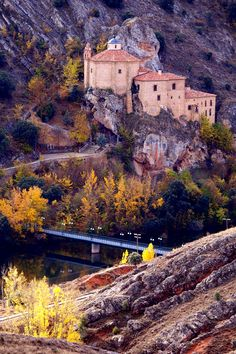 San Saturio (Soria, Spain), from other hill crossing the river