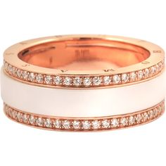This rose gold ring was designed by the designer brand THOMAS SABO. It is made with gold plated silver and ceramic.