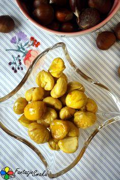 Smażone kasztany na maśle i miodzie z cynamonem http://fantazjesmaku.weebly.com/blog-kulinarny/smazone-kasztany-na-masle-i-miodzie-z-cynamonem
