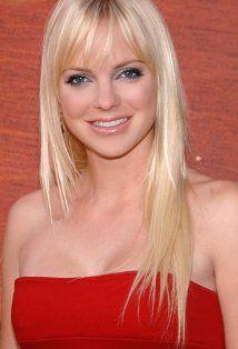 Anna Faris ... or Nicole Eastwood