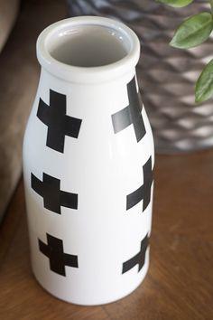 DIY Black Swiss Cross Vase