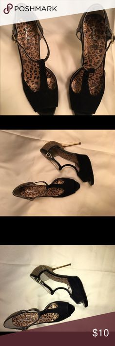 Qupid T-strap evening shoes Size 10M - these are just the cutest pumps ever.. Peep toe and gold embellishments on the back , about 2.5 to 3 inch heel.  Nice Qupid Shoes Heeled Boots