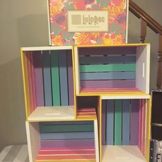 LulaRoe hand painted crate shelf for leggings. So cute! Pin discovered by LuLaRoe Jenn Freridge. Find me on fb! Lularoe Party, Crate Shelves, Small Space Organization, Wood Crates, Girl Room, Diy Furniture, Diy Home Decor, Bedroom Decor, Decoration