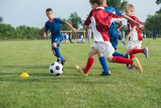 Growing kids' brains through sports--Organized extracurricular sport activities for children help them develop and improve cognitive skills, such as greater concentration capacity, that can greatly help them in the classroom, Montreal researcher says Sports Activities, Physical Activities, Activities For Kids, Best Soccer Cleats, Soccer Academy, Daily Exercise Routines, Kids Running, Soccer Training, Kids Videos