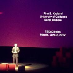 Hora de Finn Kydland, premio Nobel de Economîa, en #tedxcibeles