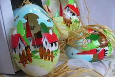 Easter egg Egg Decorating, Handmade Decorations, Easter Eggs, Christmas Bulbs, Spaces, Holiday Decor, Modern, Carved Eggs, Trendy Tree