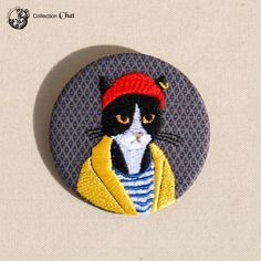 Grande broche brodée, le chat harry