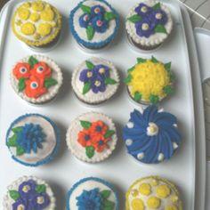 My Wilton course #1 final cupcakes