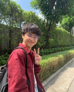 Hot Asian Men, Asian Boys, Ideal Boyfriend, Boy Pictures, Thai Drama, Asian Actors, Handsome Boys, Boyfriend Material, China