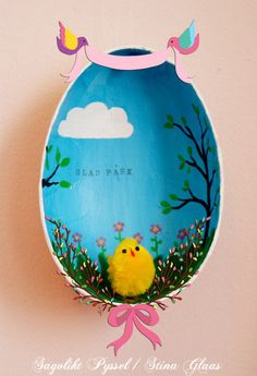 More preferably - most painted by Stina Glaas: A box frame of easter eggs - tutorial Hoppy Easter, Easter Bunny, Easter Eggs, Easter Crafts, Holiday Crafts, Bird Nest Craft, Easter Parade, Egg Art, Easter Baskets