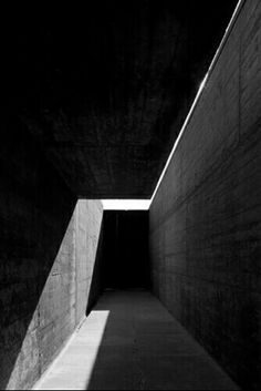 Álvaro Siza - light walks you through the space Architecture Ombre, Architecture Graphics, Space Architecture, Gothic Architecture, Contemporary Architecture, Architecture Sketchbook, Architecture Student, Architecture Portfolio, Arch Light
