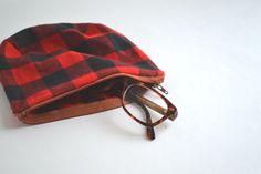 Buffalo Plaid Makeup Bag | Plaid Clutch | Plaid Purse | Plaid Coin Purse by AxeAndBowApparel on Etsy