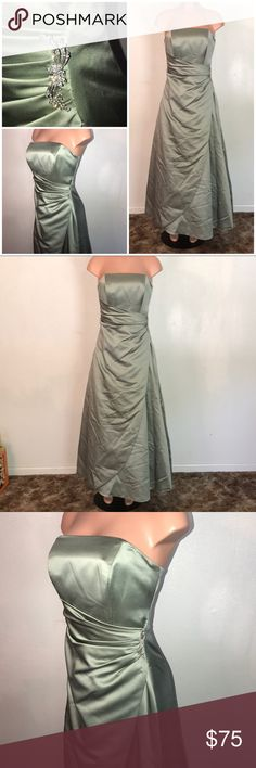 David's Bridal Bridesmaid's Dress Size 8-Worn Once David's Bridal Bridesmaid's Dress Size 8-Worn Once-Excellent Condition. This was hemmed so I could wear 4 inch heels with it. I am 5'4, so 5'8 in height with heels on. David's Bridal Dresses Strapless