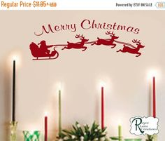 VACATION SALE Christmas Decal with Santa's por RoyceLaneCreations