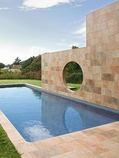 Porcelain stoneware wall/floor tiles with stone effect QUARTZONE by Apavisa Porcelánico #pool #outdoor #stone