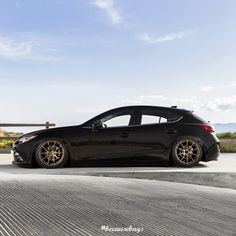 Robin's Mazda 3 we put on air suspension with our #becausebags ... Mazda 6 Wagon, Mazda 3 Hatchback, Car Goals, Japan Cars, Bmw M3, Cars And Motorcycles, Cool Cars, Volkswagen, To Go
