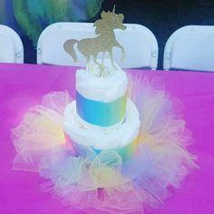 Unicorn Baby Shower Inspiration Board - Unicorn Shower - Baby Tips Fiesta Baby Shower, Baby Shower Party Favors, Baby Shower Cakes, Baby Shower Parties, Baby Shower Themes, Shower Ideas, Baby Cakes, Diaper Cakes, Shower Baby