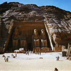 Aswan, Egypt, Temple of Abu Simbel  http://www.egyptonlinetours.com/Egypt-Travel-Packages/Luxor-Vacation-Package-with-Nile-Crurise-Holiday.php