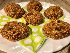 Sütőtökös banános zabkeksz Cereal, Muffin, Cookies, Breakfast, Food, Crack Crackers, Morning Coffee, Biscuits, Essen