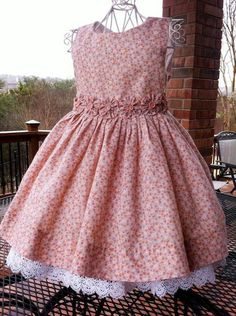 Girls Dresses Sewing, Frocks For Girls, Little Dresses, Little Girl Dresses, Dress Girl, Baby Dresses, Frock Design, Baby Dress Design, Baby Frocks Designs