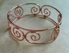 Jewelry OFF! Designer Hammered Copper Cuff Bracelet on Etsy Copper Wire Jewelry, Wire Jewelry Designs, Handmade Wire Jewelry, Copper Cuff, Jewelry Crafts, Beaded Jewelry, Hammered Copper, Copper Bracelet, Wire Jewellery