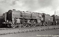 David Heys steam diesel photo collection - 91 - BR BRITANNIA CLASS 7 - 2 Diesel Locomotive, Steam Locomotive, Steam Railway, Liverpool Street, Abandoned Train, Train Art, British Rail, Old Trains, Train Journey
