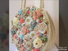 Discover thousands of images about Best DIY Tote Bag - Stacha Styles Embroidery Bags, Silk Ribbon Embroidery, Crochet Handbags, Crochet Purses, Handmade Handbags, Handmade Bags, Crochet Flowers, Fabric Flowers, Diy Sac