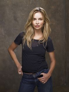 Calista Flockheart (November American actress, o. known from the series 'Ally MacBeal' and 'Brothers and sisters'. Ally Mcbeal, Harrison Ford, Famous Scorpios, Illinois, Scorpio Woman, Demi Moore, Celebs, Celebrities, Woman Crush