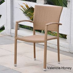 Barcelona Resin Wicker Outdoor Dining Chairs (Set of 4)