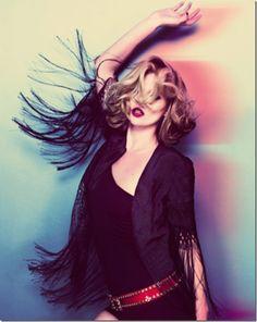 color motion Moss Fashion, Funky Fashion, Fashion Top, Kate Moss, Topshop, Alas Marcus Piggott, Campaign Fashion, Hippie Festival, Festival Dress