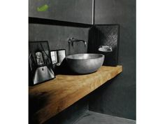 concrete bathroom basin-wood slab vanity- tadelakt - Home Page Concrete Bathroom, Bathroom Basin, Bathroom Toilets, Laundry In Bathroom, Concrete Wood, Concrete Basin, Bathroom Grey, Wood Slab, Bathroom Bench