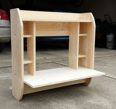 To optimize space, here is an easy to make and stylish floating wall mount desk. Furniture Logo, Furniture Plans, Wood Furniture, Furniture Design, Awesome Woodworking Ideas, Woodworking Inspiration, Diy Wood Projects, Woodworking Projects, Woodworking Plans