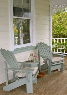 These free Adirondack chair plans will help you build a great looking chair in just a few hours, Build one yourself! Here are 18 adirondack chair diy Outdoor Spaces, Outdoor Chairs, Outdoor Living, Outdoor Furniture Sets, Outdoor Decor, Blue Garden Furniture, White Adirondack Chairs, Adirondack Furniture, Deck Chairs