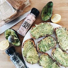ahhH avocado toast is heaven  #regram  from @earthlingmaxi by eatlovegym