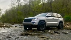 2011 Jeep Grand Cherokee on Jeep Grand Cherokee 2012, Jeep Vehicles, Badass Jeep, Jeep Cars, Nice Cars, Jeep Life, Jeeps, Offroad, Garage