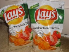 my favorite chips delicious Tomato Garden, Tomato Basil, Frito Lay, Snack Recipes, Snacks, Tortilla Chips, Potato Chips, Holiday Destinations, I Love Food