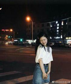 Korean Fashion Trends, Korean Street Fashion, Pretty Girls, Cute Girls, Korean Photoshoot, Uzzlang Girl, Ulzzang Fashion, Girl Crushes, Chinese Style